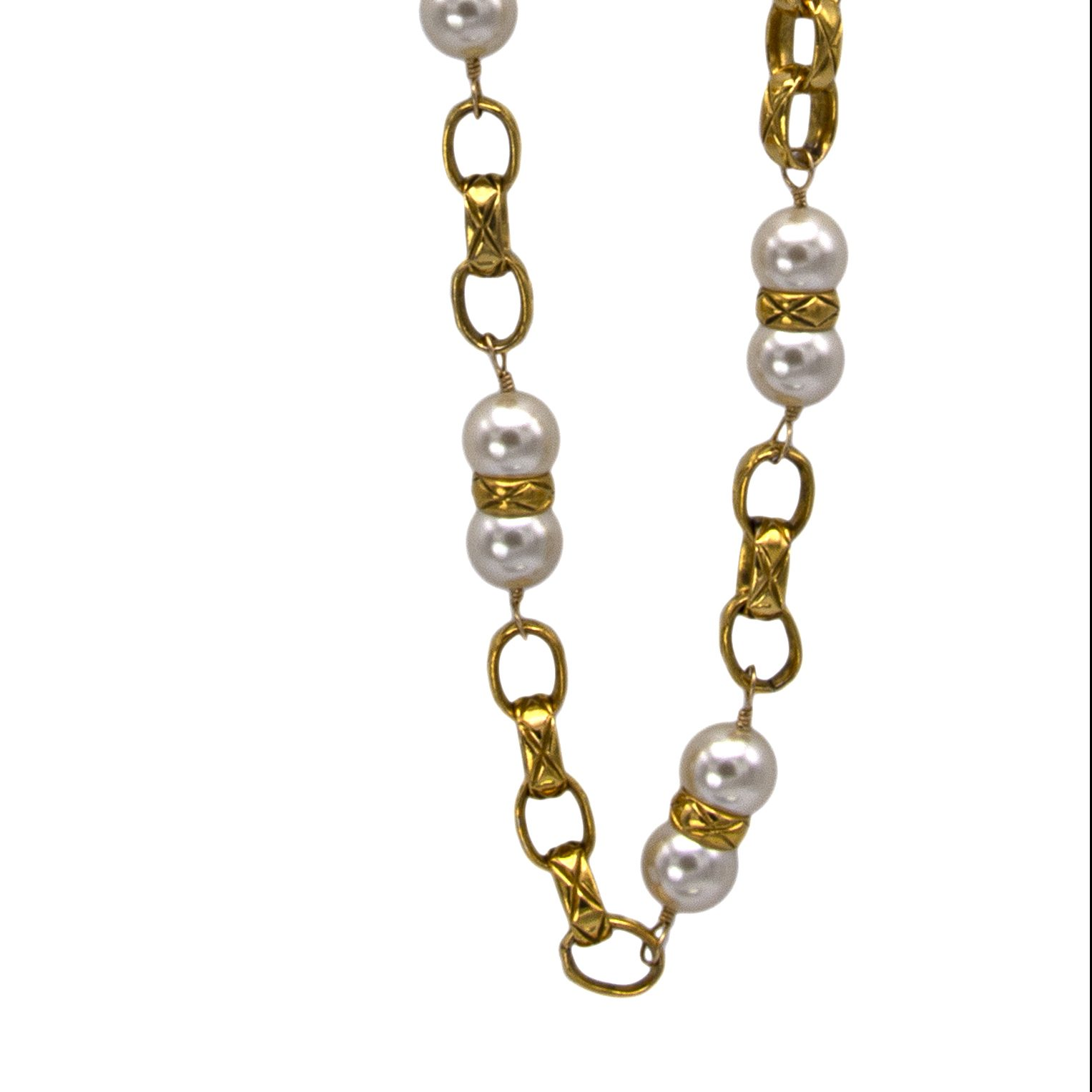 "Chanel 35"" Oval Link Chain with Pearls Bisected by Quilted Band, 1986"