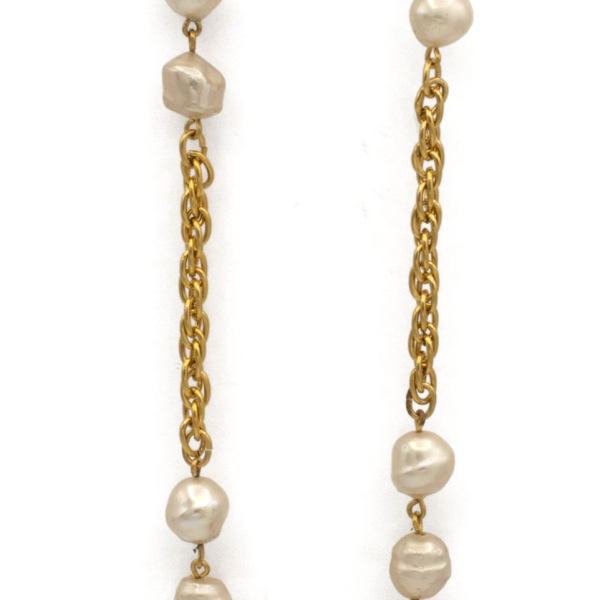 """Chanel 70"""" Alternating Pearls & Gilt Rope Twist Chain Necklace, 1990"""